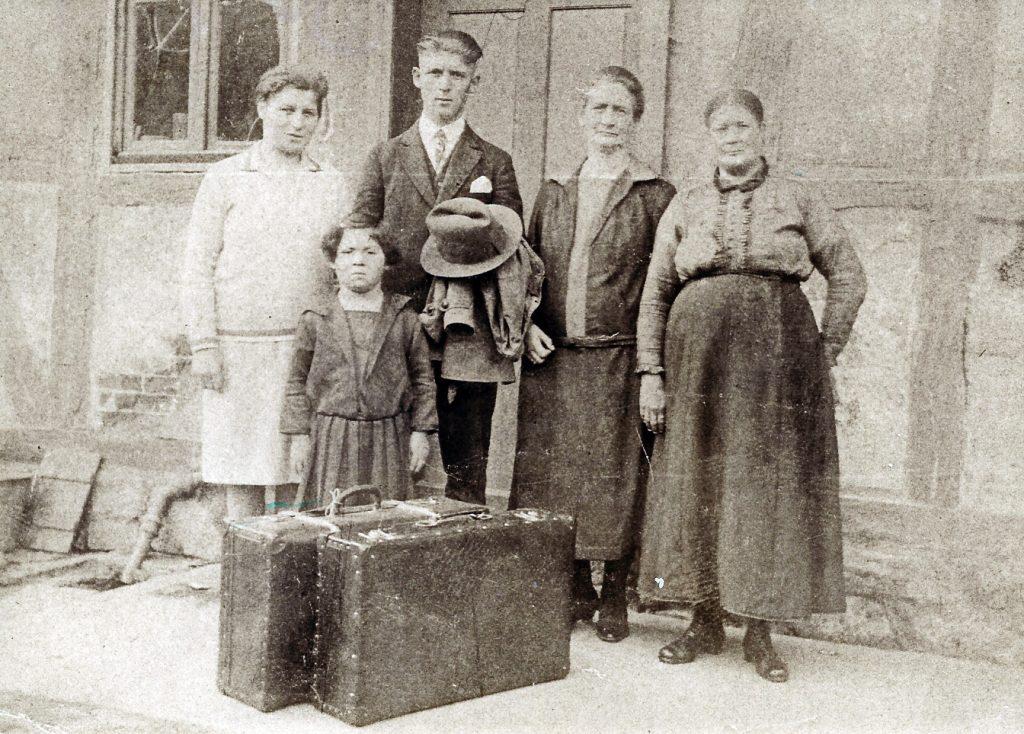 Arthur Löbenstein bei seiner Abreise September 1928.