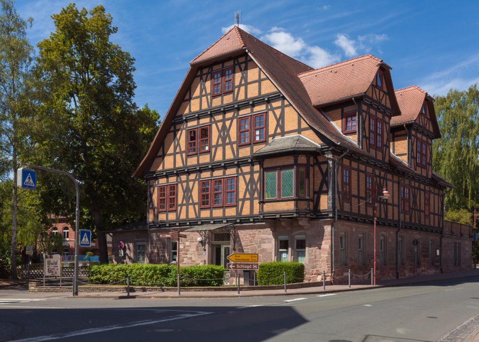 Das Keudell'sche Schloss in Wanfried beheimatet das beliebte Heimatmuseum und informative Dokumentationszentrum zur dt. Nachkriegsgeschichte. Bild: Christoph Braun