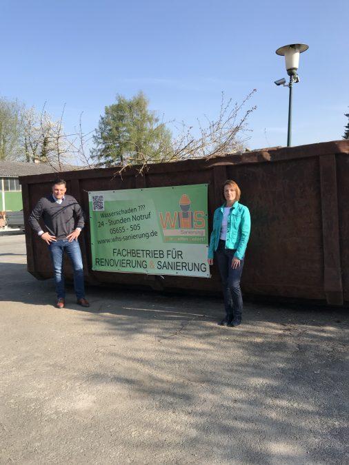 Die Fa. WHS Sanierung aus Wanfried stellt kostenfrei einen Container für Baum- und Strauchschnitt zur Verfügung. Bürgermeister Wilhelm Gebhard bedankt sich für dieses Angebot bei Geschäftsführerin Nicole Wehr.